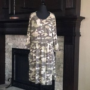 3/4 Sleeve Camo Dress